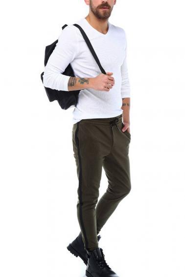 Erkek Beyaz Slim Fit  V Yaka Penye Uzun Kol T-Shirt